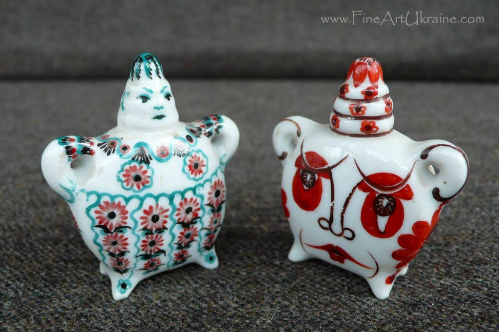 Decorative figurines 2